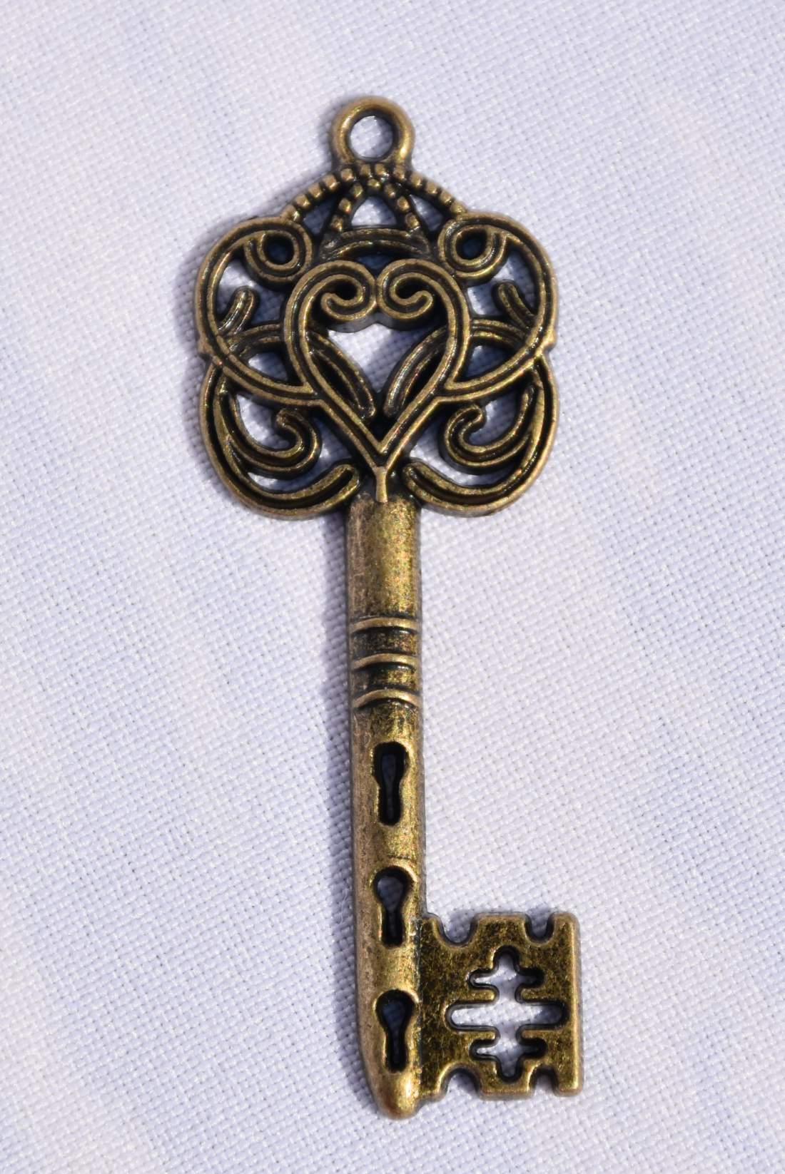 Fém kulcs - antik kicsi